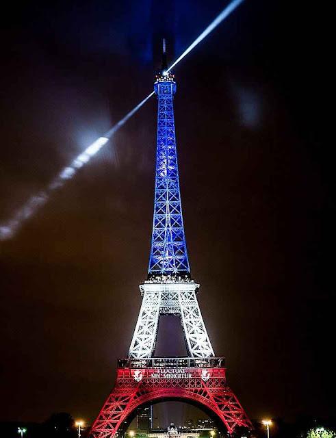 Paris não se deixa dobrar pelo terror islâmico. Cederá antes as aterrorizantes armadilhas verdes que ressoarão na COP21?