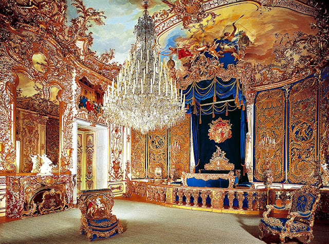 Gabinete Rosa e Sala de Jantar no Palácio de Linderhof em Munique