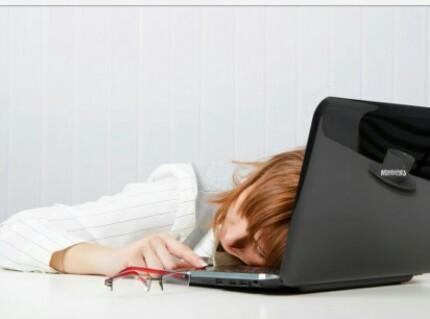 Awas, Aktifitas Bloging Yang Berlebihan Dapat Berdampak Negatif Lo..!!!