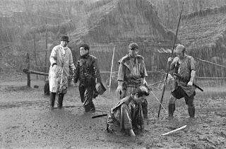 Akira Kurosawa en el rodaje de Los siete samuráis