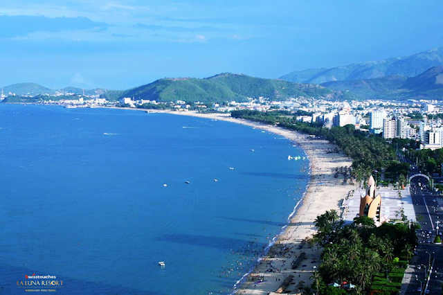 tầm nhìn hướng biển Laluna Resort Nha Trang