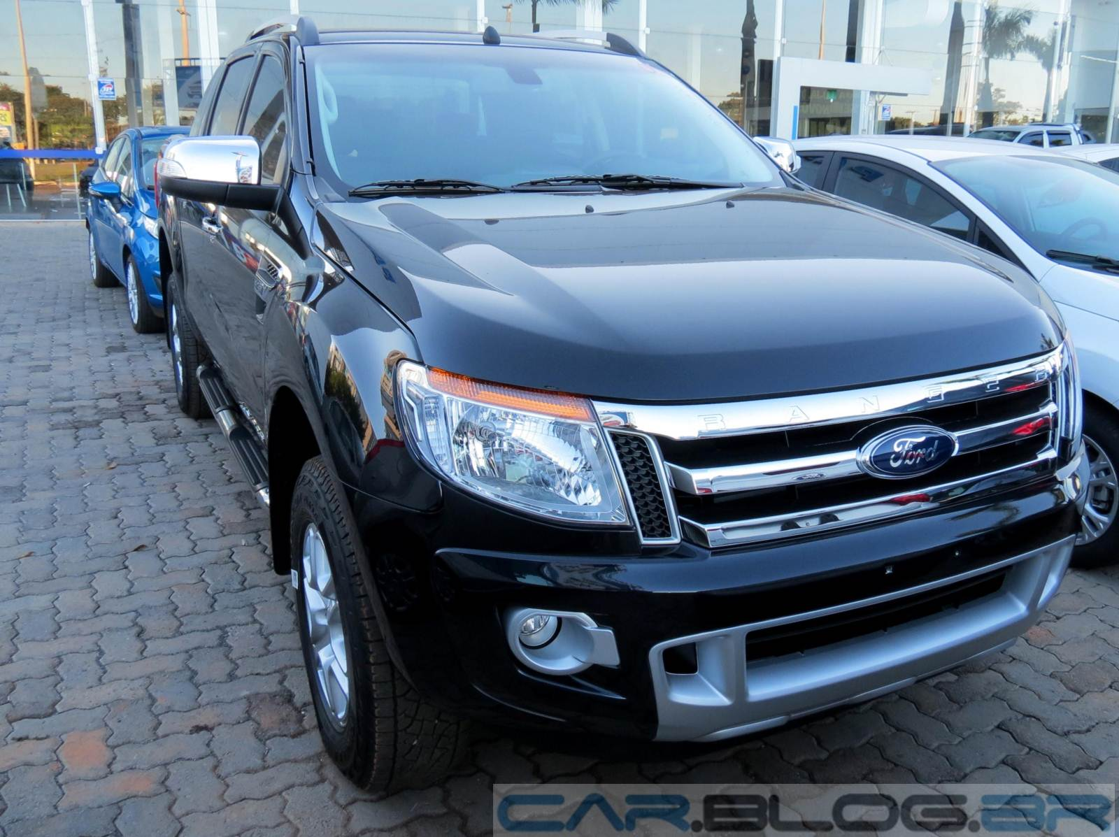 ford ranger 2015 mais itens de s rie e pre os mais altos car blog br. Black Bedroom Furniture Sets. Home Design Ideas