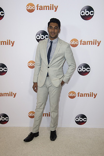 Stitchers actor Ritesh Rajan (Linus Ahluwalia)