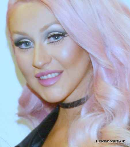 Lirik What A Girl Wants dari Christina Aguilera