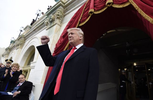 Дональд Трамп — и вновь продолжается бой!