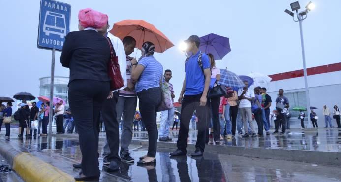 Meteorología pronostica domingo bajo lluvias por vaguadas