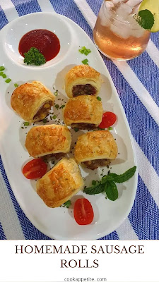 Tasty sausage rolls made the bakery-style, these homemade sausage rolls are crunchy and are made with the tastiest filling. These rolls are not only made with minced beef but also with a bit of bacon. If you are always looking for pork recipes then