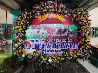 Bunga Papan Pernikahan Sidoarjo 2