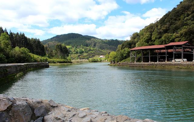 Senda del río Lea en Lekeitio