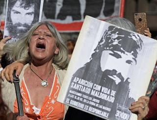 Controversia por caso Maldonado y reclamos por tierras ancestrales  AFP