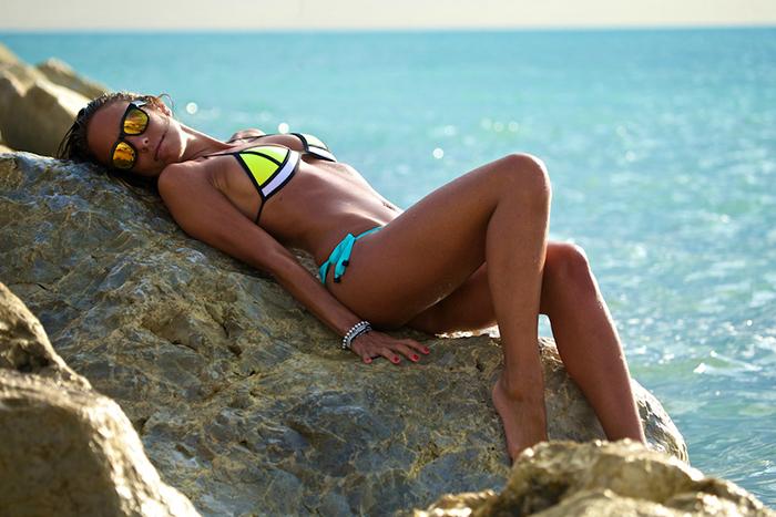 bikini triangl