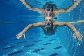 Kỹ thuật thở trong bơi ếch rất quan trọng