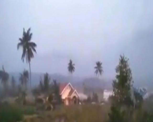 Video Kengerian saat Tanah Bergerak dan Lumpur Menyapu Bangunan di Sigi Akibat Gempa
