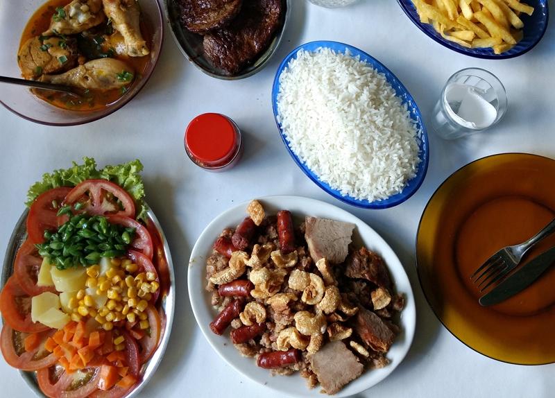 Melhor feijão tropeiro de Minas: restaurante Cheros, Maquiné - Cordisburgo