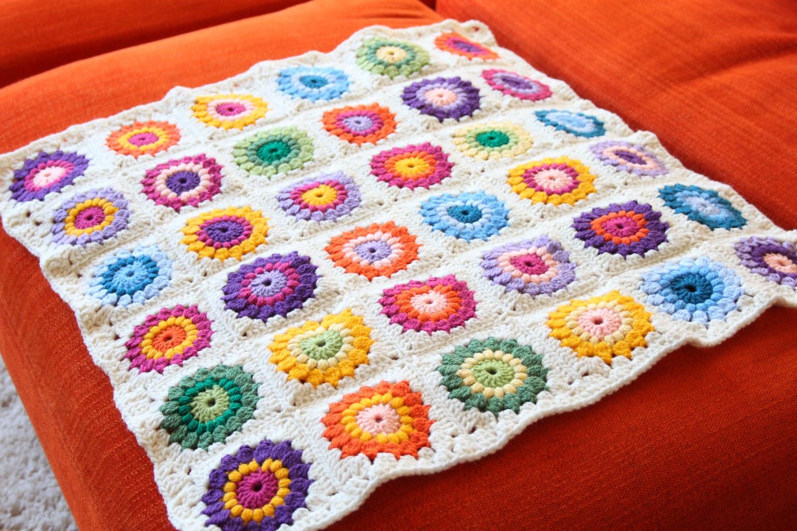 Nittybits Sunburst Granny Square Blanket Tutorial