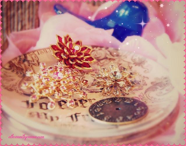 Alice-Wonderland-storytelling-make-believe-athomewithjemma