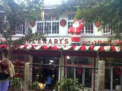 Christmas celebration in Darjeeling Glenarys