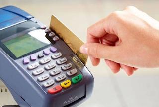 bentuk fisik kartu debit