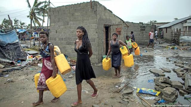 Los muertos por el paso del ciclón Idai en Mozambique han pasado de 294 a 417, según las últimas cifras del Instituto Nacional de Gestión de Emergencias que situaron en más de 600 el total de los fallecidos en los tres países afectados.