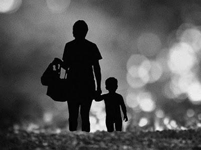 Cara Menggembirakan Ibu Bapa, Usah Biarkan Mereka Berkecil Hati