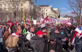 شرطة,فيينا,تحرر,الآلاف,من,المخالفات,في,حق,المتظاهرين