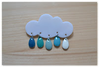 broche nuage et gouttes camaïeu de bleu