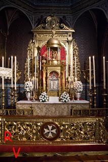 Resultado de imagen de altares jueves santo sevilla