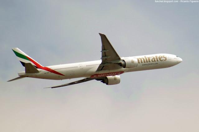 EMIRATES - LPPT - A6-ENO - BOEING 777-300