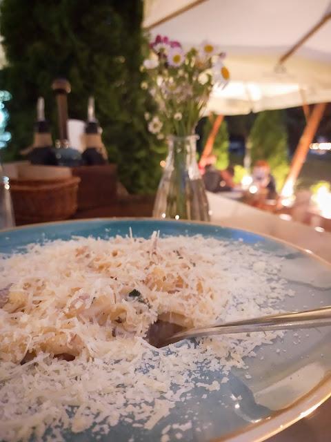 Pauza pe drum in Sighisoara, la Café Martini