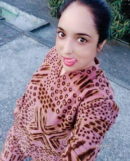 Indian bhabhi best pics   beautiful aunty pics Navel Queens