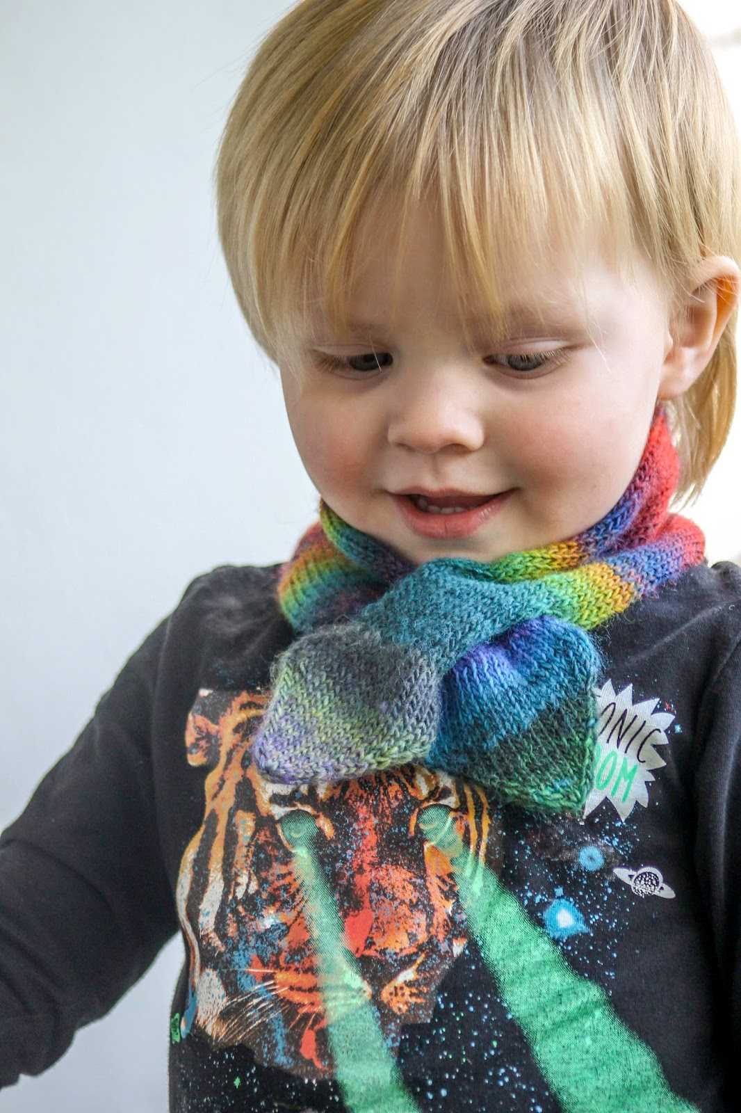 Balls to the Walls Knits: A Is For Ascot