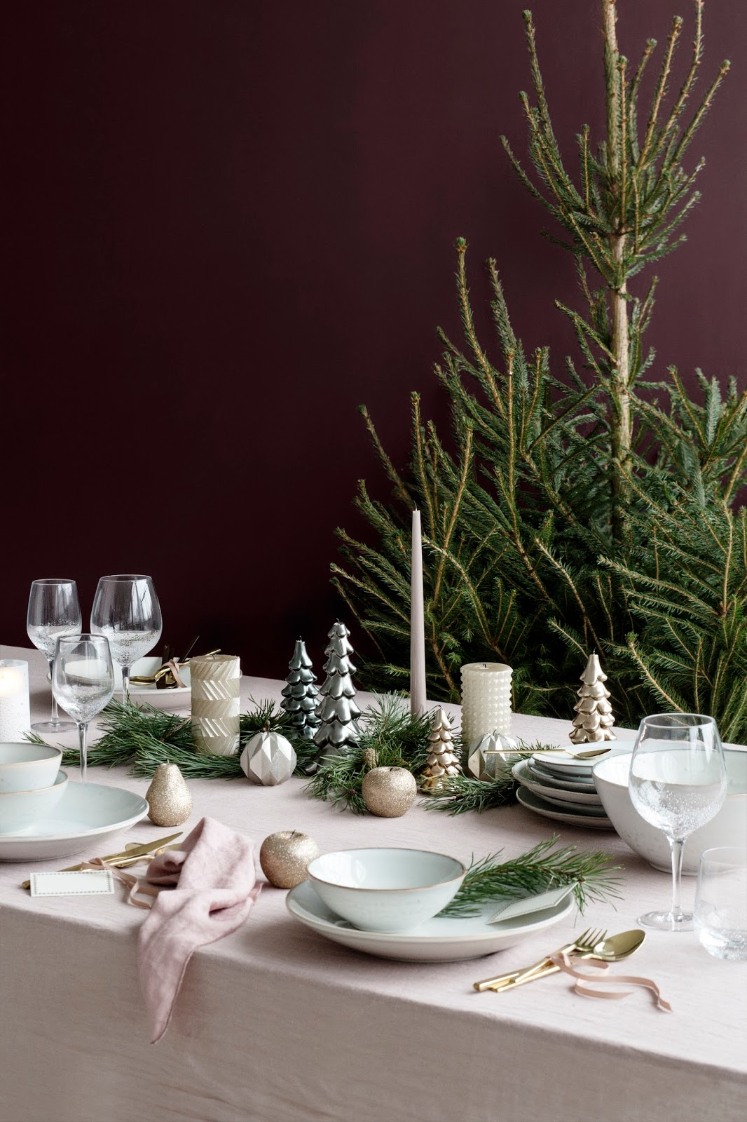 Table Xmas Decor Ideas