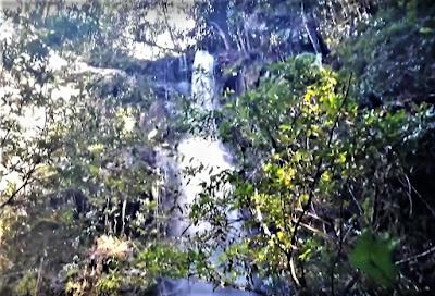 Wisata Air Terjun Tujuh Tingkat Batang Koban di Taluk Kuantan