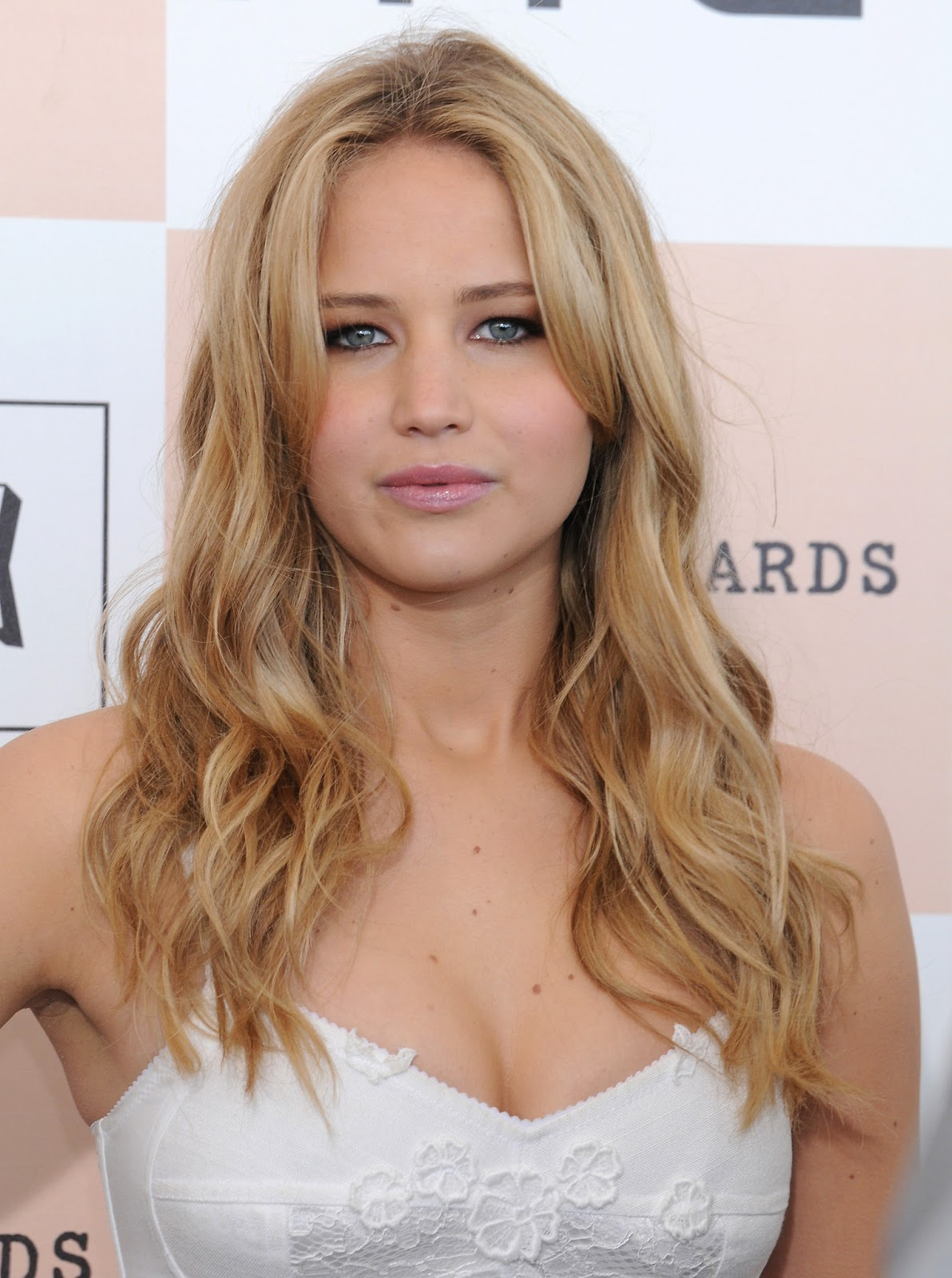 Jennifer Lawrence Makeup Tutorial: Carroll Bryant: Jennifer Lawrence: Teen Idol