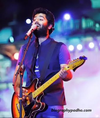 Arijit Singh Biography in Hindi
