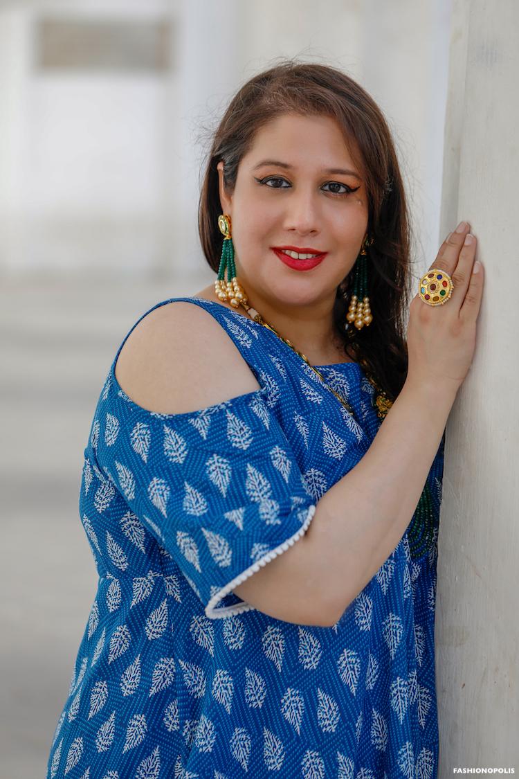 Lifestyle and fashion blogger