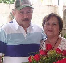 Ao lado da esposa, Glória Leite Ramaho