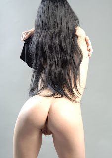 Ordinary Women Nude - 5.jpg
