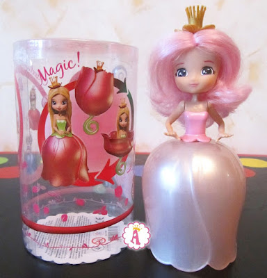 Кукла цветок с розовыми волосами Miss Lily