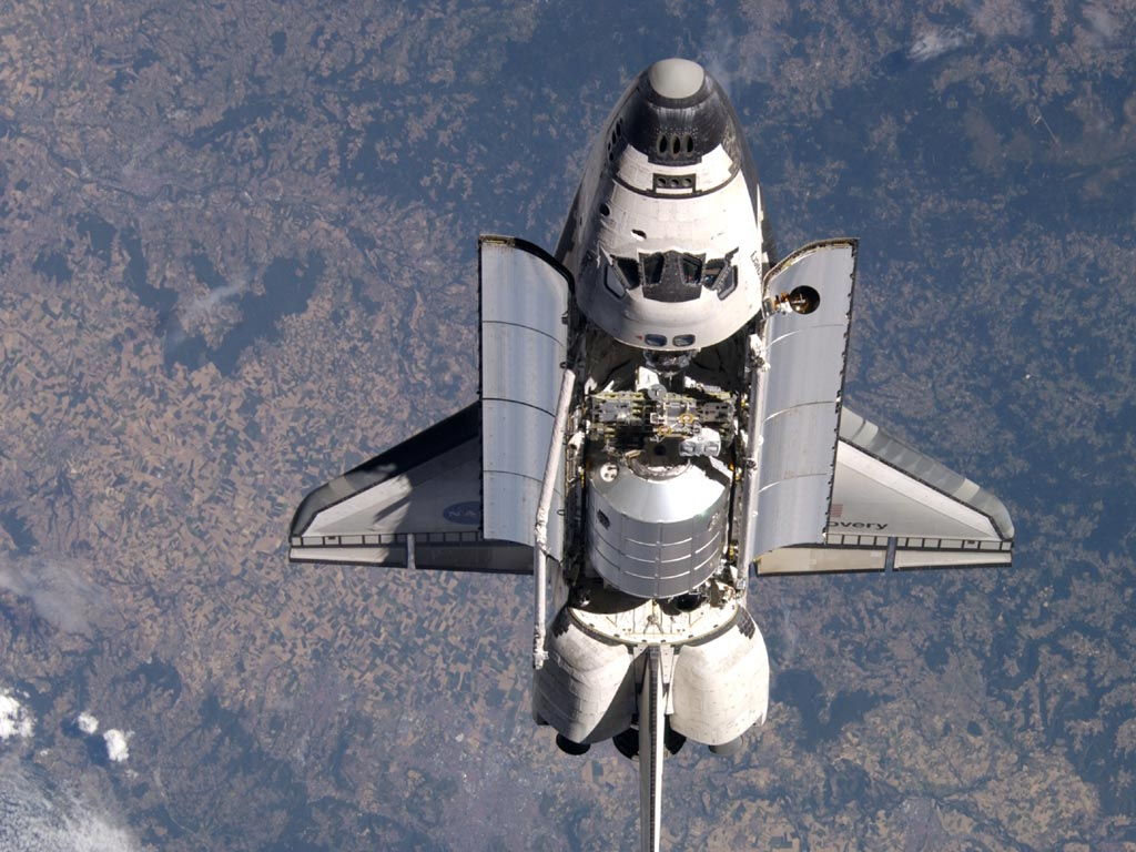 who built space shuttle discovery -#main
