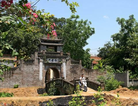 Cổng làng: Nét đẹp cần gìn giữ