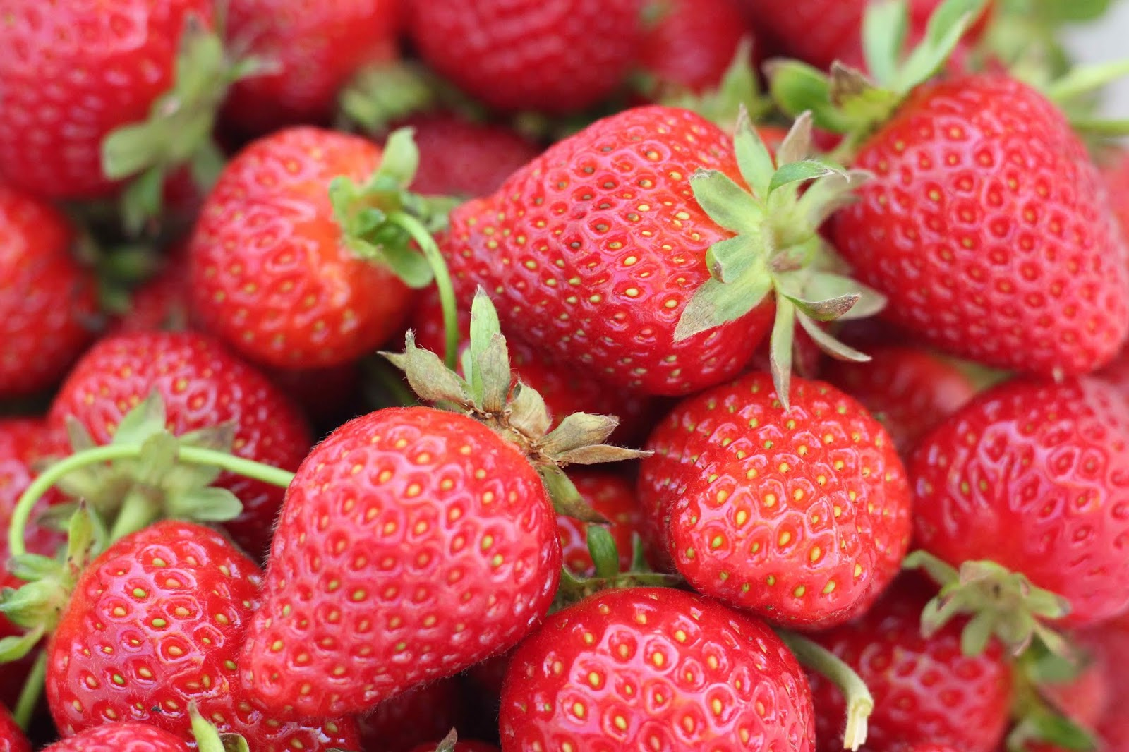 Best Foods to Control Diabetes - Both Type 1 and Type 2 - Strawberries
