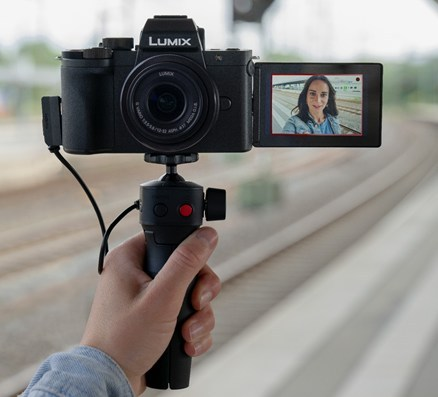 Panasonic Launches the LUMIX G100, its Newest Mirrorless Camera for Vlogging and Creative Video Content