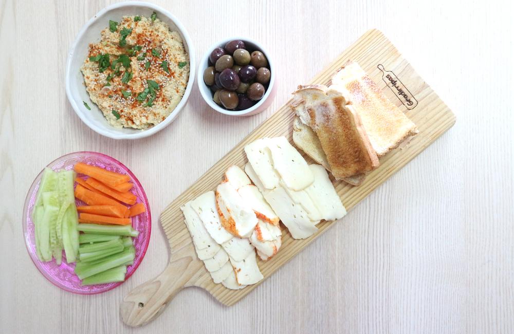Humos + húmus tradicional + entrada + vegetariano + receita vegana + blogue de casal português + Pedro e Telma + blogue ela e ele + ele e ela