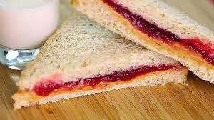 Σάντουιτς με φιστικοβούτυρο και μαρμελάδα