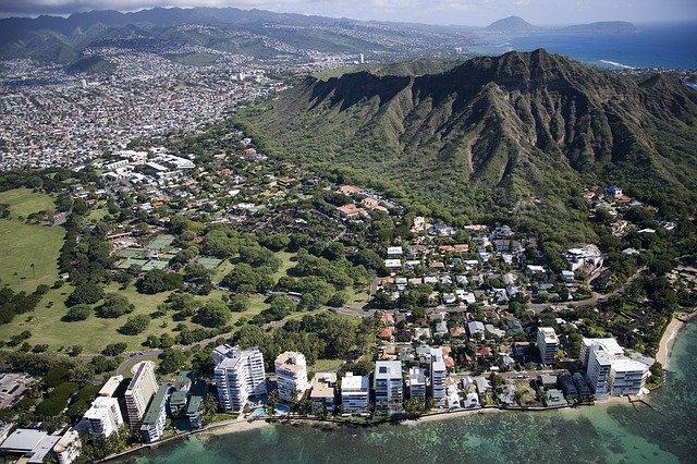 Diamond Head State Monument, Beaches, Parks, Seashores, Hawaii, Honolulu, Tourist Attractions, Holiday Places, Best Tourist Attraction, Tourism, Travel,