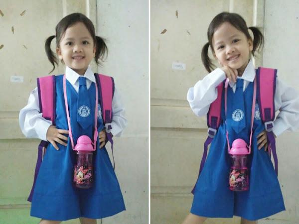 Maira Jingga, Pertama Kali Sekolah