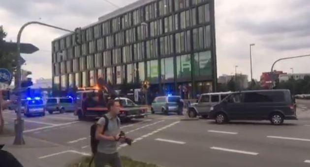 Tiros disparados em centro comercial de Munique, Alemanha - MichellHilton.com
