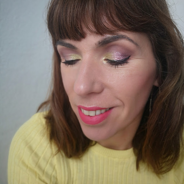 look amarillo y rosa
