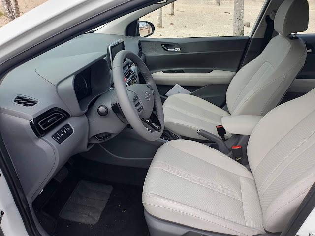Hyundai HB20S (Sedã) 2020 - interior - espaço interno
